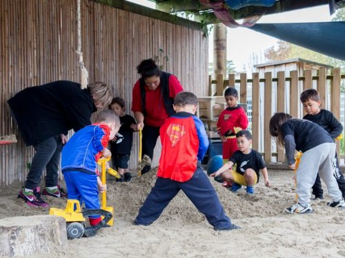 Early Learning Centre Papakura Playing